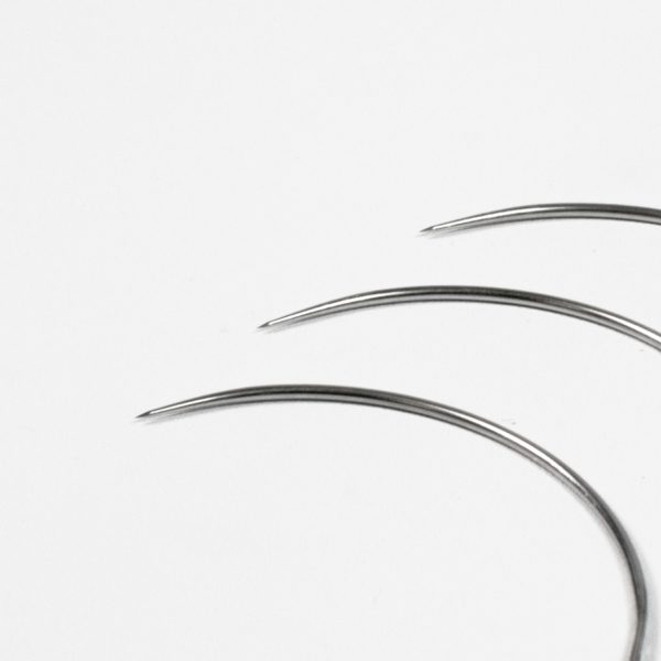 B304 curved taper spring eyed needle x 2 e1621522879618 curved round bodied tapier suture needles